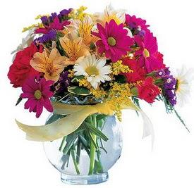 Türkiye çiçek satışı  cam yada mika içerisinde karisik mevsim çiçekleri