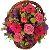 Güller ve kir çiçekleri sevilenlerin çiçegi  Türkiye çiçek siparişi vermek