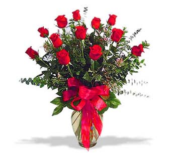 çiçek siparisi 11 adet kirmizi gül cam vazo  Türkiye çiçekçi mağazası