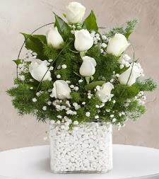 9 beyaz gül vazosu  Türkiye çiçek yolla , çiçek gönder , çiçekçi