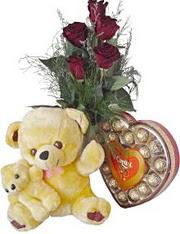 Türkiye çiçek siparişi vermek  7 gül oyuncak çikolata