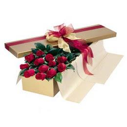 Türkiye internetten çiçek satışı  10 adet kutu özel kutu