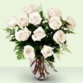 Türkiye çiçek siparişi vermek  beyaz güller cam yada mika vazo