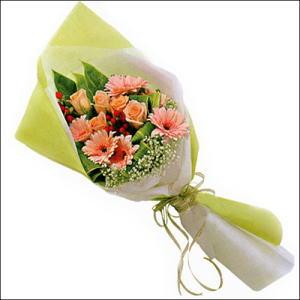 sade güllü buket demeti  Türkiye çiçek gönderme