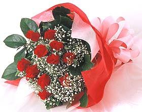 12 adet kirmizi gül buketi  Türkiye çiçek siparişi sitesi