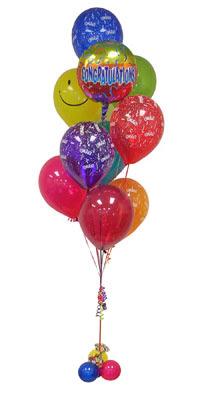 Türkiye kaliteli taze ve ucuz çiçekler  Sevdiklerinize 17 adet uçan balon demeti yollayin.