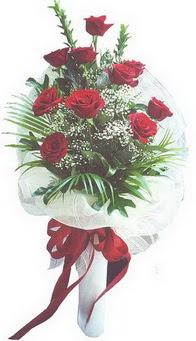 Türkiye çiçek yolla  10 adet kirmizi gülden buket tanzimi özel anlara