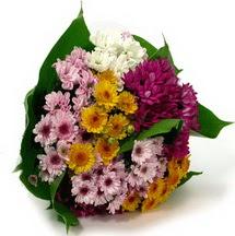 Türkiye online çiçekçi , çiçek siparişi  Karisik kir çiçekleri demeti herkeze