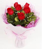 9 adet kaliteli görsel kirmizi gül  Türkiye yurtiçi ve yurtdışı çiçek siparişi