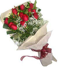 11 adet kirmizi güllerden özel buket  Türkiye ucuz çiçek gönder