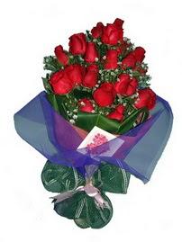 12 adet kirmizi gül buketi  Türkiye çiçekçi mağazası