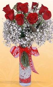 9 adet kirmizi gül cam yada mika vazoda  Türkiye uluslararası çiçek gönderme