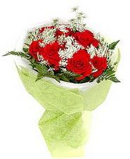 Türkiye İnternetten çiçek siparişi  7 adet kirmizi gül buketi tanzimi