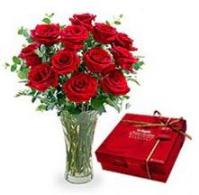 Türkiye çiçek gönderme  10 adet cam yada mika vazoda gül çikolata