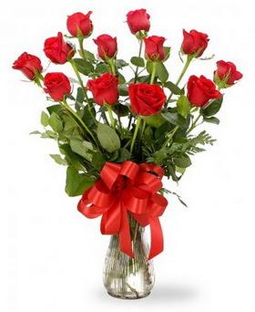 Türkiye İnternetten çiçek siparişi  12 adet kırmızı güllerden vazo tanzimi