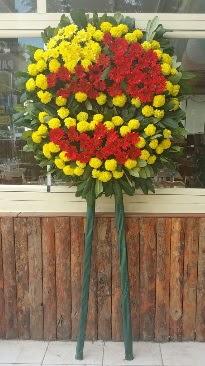 Cenaze çelengi çiçek modeli  Türkiye uluslararası çiçek gönderme