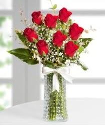 7 Adet vazoda kırmızı gül sevgiliye özel  Türkiye çiçekçi telefonları