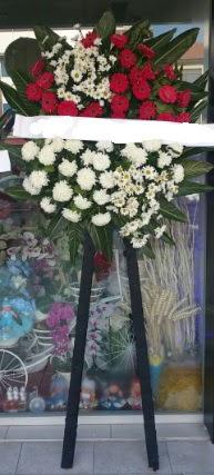 Cenaze çiçeği cenaze çiçek modelleri  Türkiye çiçekçi telefonları