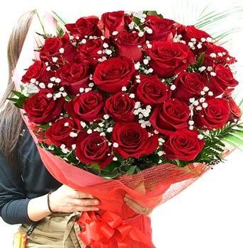 Kız isteme çiçeği buketi 33 adet kırmızı gül  Türkiye kaliteli taze ve ucuz çiçekler