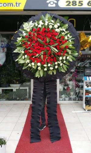 Cenaze çiçeği cenaze çelengi çiçek modeli  Türkiye çiçek mağazası , çiçekçi adresleri