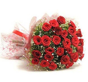 27 Adet kırmızı gül buketi  Türkiye çiçek gönderme sitemiz güvenlidir